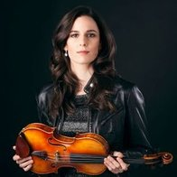 Barbara Data Violinist