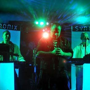 SYNTRONIX - Live music band , Swindon, Tribute Band , Swindon,  Function & Wedding Band, Swindon 80s Band, Swindon