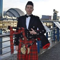Robin Hay Bagpiper for Hire Bagpiper