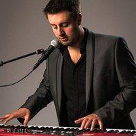 Elliott Rooney Pianist