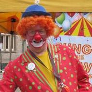 Tommy Bungle the Clown - Children Entertainment , Durham,  Balloon Twister, Durham Children's Magician, Durham Clown, Durham