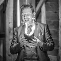 Steve Rowe Magic Wedding Magician