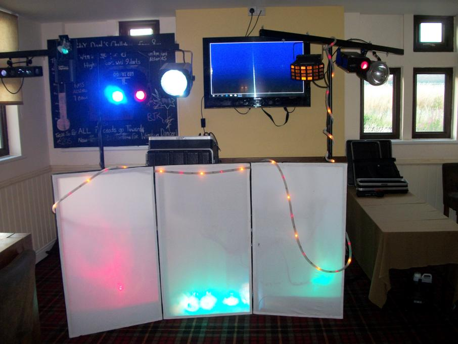 4 All Disco And Karaoke (DJ Sime) - DJ  - Leeds - West Yorkshire photo