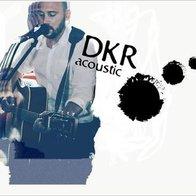 DKR Acoustic Singing Guitarist