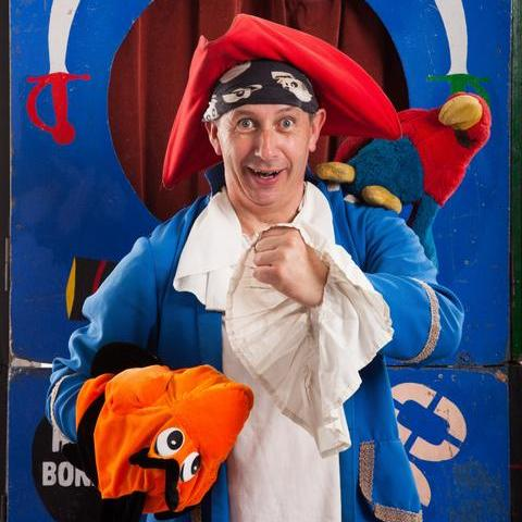 Captain Cutlass - Children Entertainment , Greater London,  Children's Magician, Greater London Balloon Twister, Greater London Bouncy Castle, Greater London Clown, Greater London