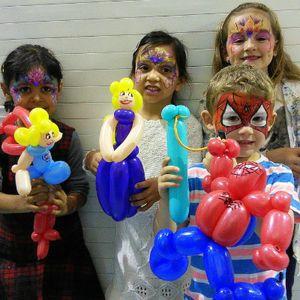 ARTIFACES - Children Entertainment , Huddersfield,  Balloon Twister, Huddersfield Face Painter, Huddersfield