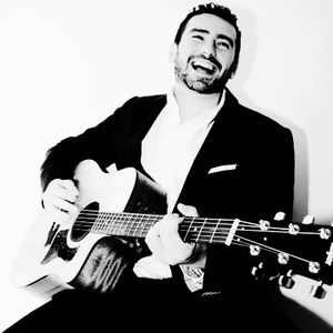 Danny McCabe - Live music band , Manchester, Solo Musician , Manchester,  Function & Wedding Band, Manchester Singing Guitarist, Manchester Acoustic Band, Manchester Live Music Duo, Manchester