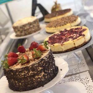 Sue's Bakery Cupcake Maker