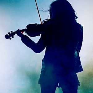 Josie - Electric & Acoustic Fiddle (Violin), Flute: Rock, Pop, Folk, Irish & more World Music Band