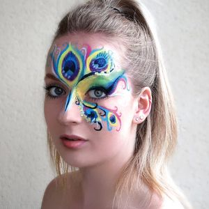 Fitter With Glitter Face Painter