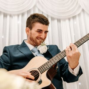 Luke McColl Music Wedding Singer