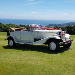 Wedding And Executive Car Hire Vintage & Classic Wedding Car