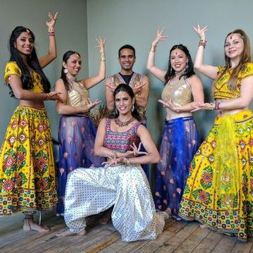 Bollywood, Indian Folk & Salsa by Aanchal Gupta Dance Master Class