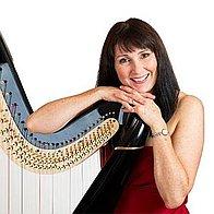 Oona Linnett Harpist Solo Musician