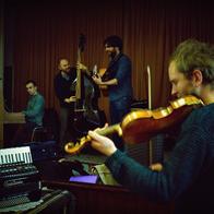 Kibitz Folk Band