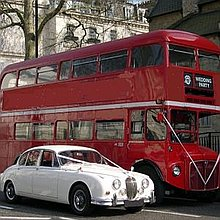 Gold Wedding Cars Transport