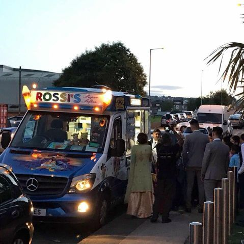 Rossi's Ices - Catering , Leeds,  Food Van, Leeds Ice Cream Cart, Leeds Mobile Caterer, Leeds