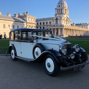 Elegance Wedding Cars Wedding Car Hire London Vintage & Classic Wedding Car