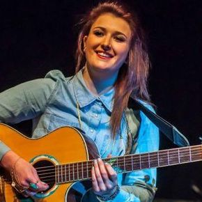 Isobel - Highly Experienced Singer & Acoustic Guitarist Folk Band