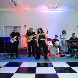 Coco Wedding/Function/Party/Events Band Live music band