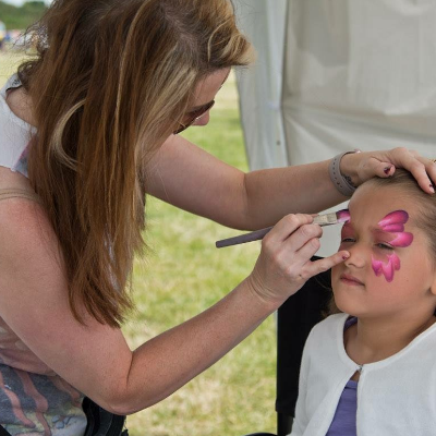 Flutterby Face Painting & Parties Balloon Twister