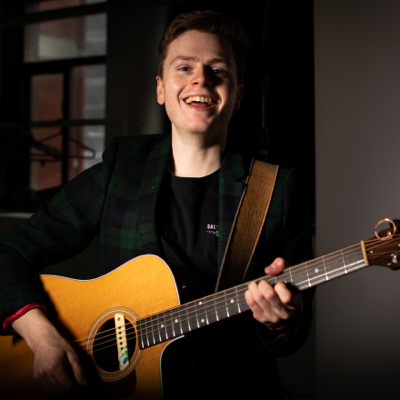 Olly Flavell Live Solo Singer