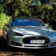Teslachauffeurcars Wedding car