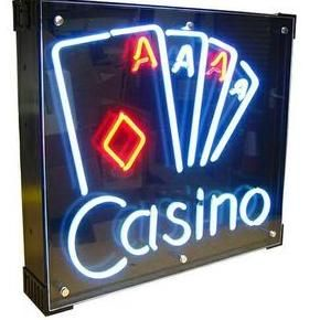 Jewel Fun Casinos Close Up Magician