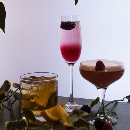 Hire Mobile Cocktail Making Class for your event in Bath