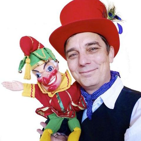 Prof Dill's Punch and Judy - Children Entertainment , Worthing,  Children's Magician, Worthing Balloon Twister, Worthing