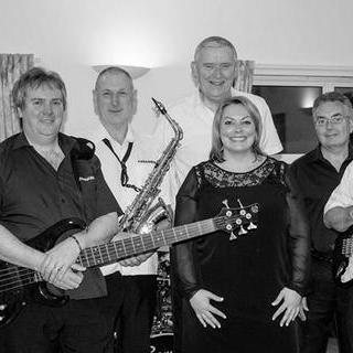 Colloosion (Rock and Soul Party Band) - Live music band , Gloucester,  Function & Wedding Band, Gloucester Soul & Motown Band, Gloucester Rock Band, Gloucester Rock And Roll Band, Gloucester