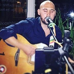 Darren K Robinson Acoustic - Singer , Manchester, Solo Musician , Manchester,  Singing Guitarist, Manchester Live Solo Singer, Manchester Singer and a Guitarist, Manchester