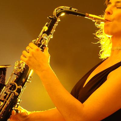 Paula Borrell Saxophonist