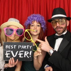 S.O.M. Photo Booth Hire London Croydon Photo Booth