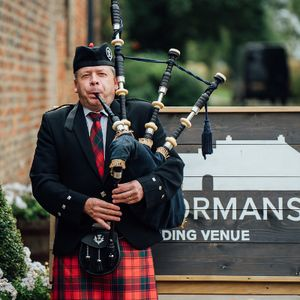 Bagpiper North West Solo Musician