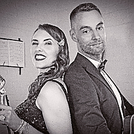 Roaring 2020s band | Vintage Swing band performing Old favourites and Modern Covers Acoustic Band