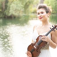 DeAnna Avis Violinist