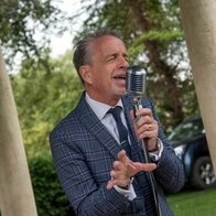 Rich Sings Swing Jazz Singer