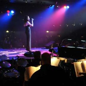 Catherine Cooper Vocalist - Singer , West Yorkshire,  Wedding Singer, West Yorkshire Live Solo Singer, West Yorkshire Jazz Singer, West Yorkshire Soul Singer, West Yorkshire R&B Singer, West Yorkshire