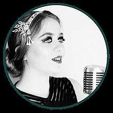 Jade Donno Vintage Singer