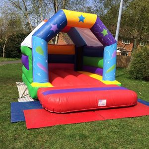 Leap n Bounce - Children Entertainment , Bracknell,  Bouncy Castle, Bracknell Face Painter, Bracknell