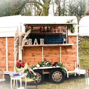 Tipple Adventures - The Mobile Bar Co. Mobile Bar