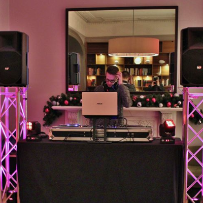 Alt Entertainments Wedding DJ