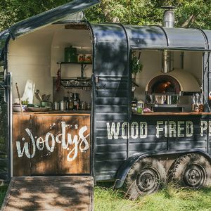 Woody's Pizza Mobile Caterer