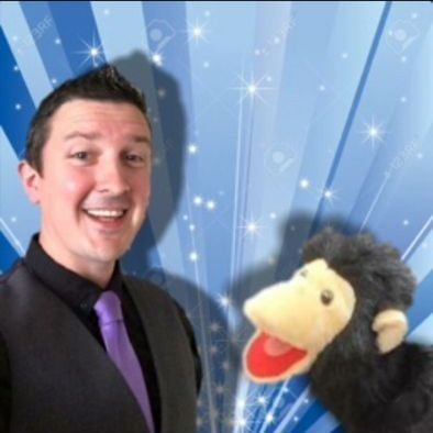 Leigh Milne - Children Entertainment , Lanarkshire, Magician , Lanarkshire,  Close Up Magician, Lanarkshire Table Magician, Lanarkshire Balloon Twister, Lanarkshire Wedding Magician, Lanarkshire Children's Magician, Lanarkshire Corporate Magician, Lanarkshire