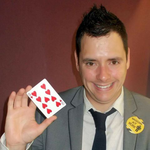 David Michaels Magic Close Up Magician