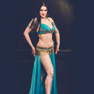 Victoria  Belly Dancer Dance Act