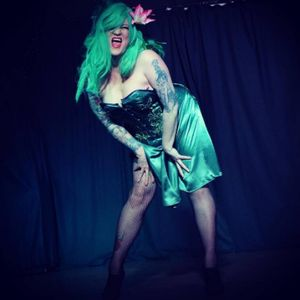 Harlow Kitty Burlesque Dancer