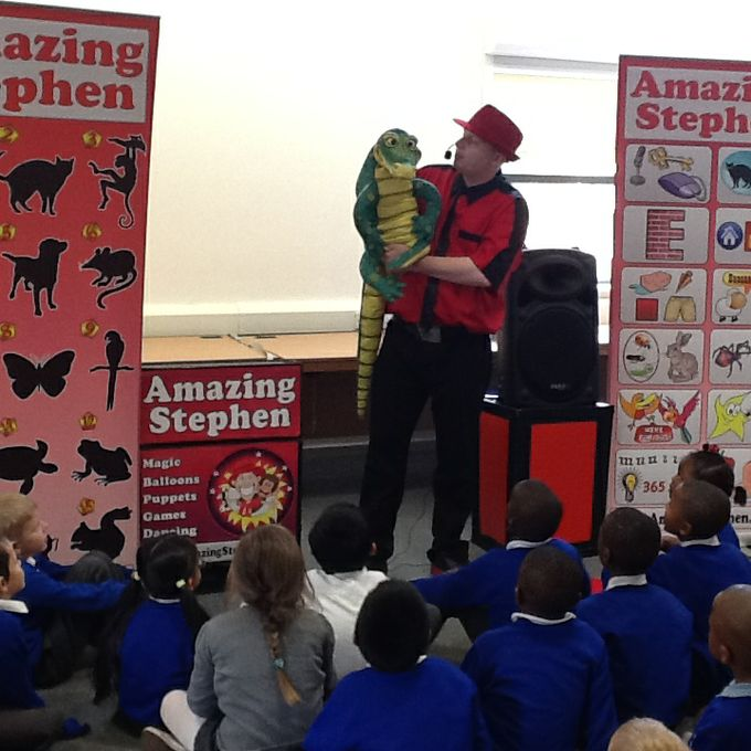 Amazing Stephen - Children Entertainment Speaker Magician  - Manchester - Greater Manchester photo