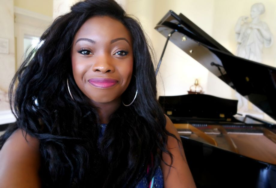 Niké Jemiyo - Solo Musician Singer  - Greater London - Greater London photo